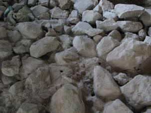 10. sz. fotó: A középkori falazat vegyszeres mélyvédelme (Babos R.)