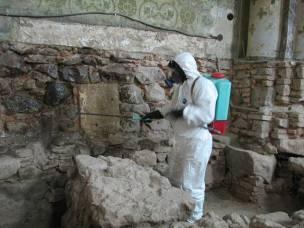 11. sz. .fotó: A falazat vegyszeres vegyszeres felületvédelme (Babos R.)